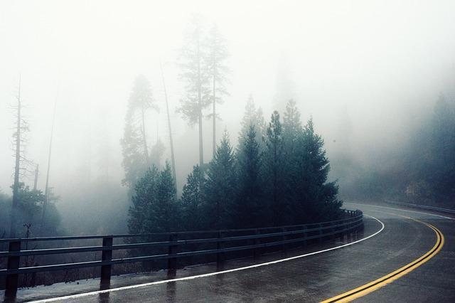 road-569013_640