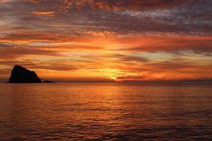 sunset-1198134_640