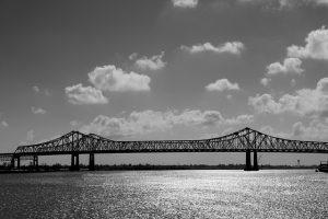 suspension-bridge-238519_640