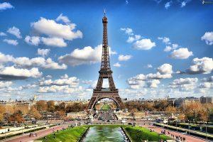 Lot samolotem do Paryża